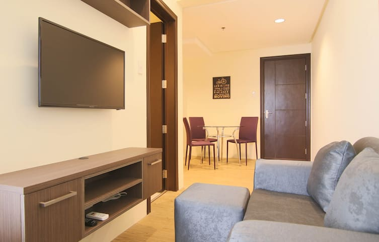 DEAL! - Rockwell East Bay Residences + Parking! - Muntinlupa - Huoneisto