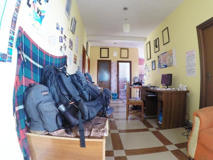 Dolphin Hostel Saranda