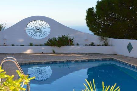 Andalusian Villa with splendid view - モハカル
