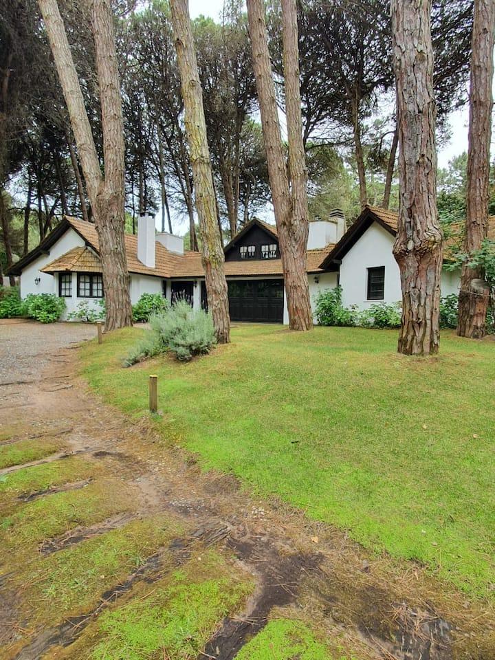 Amplia casa familiar en Cariló