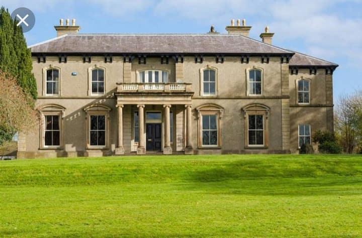 Ballynacree House