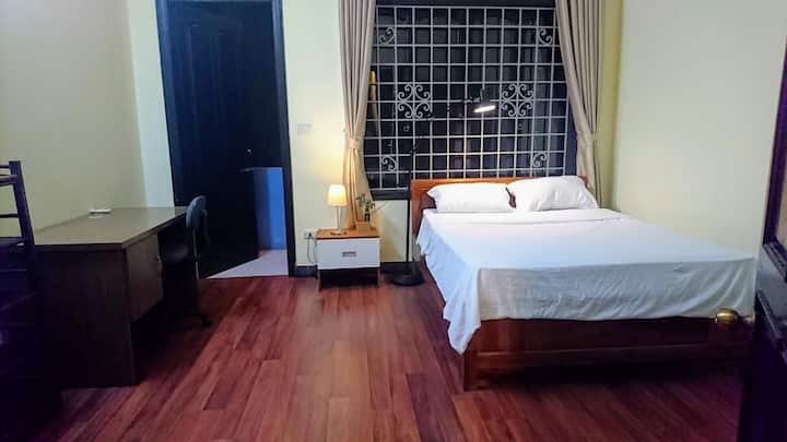 Spacious room in central area /near Lotte/ BaDinh