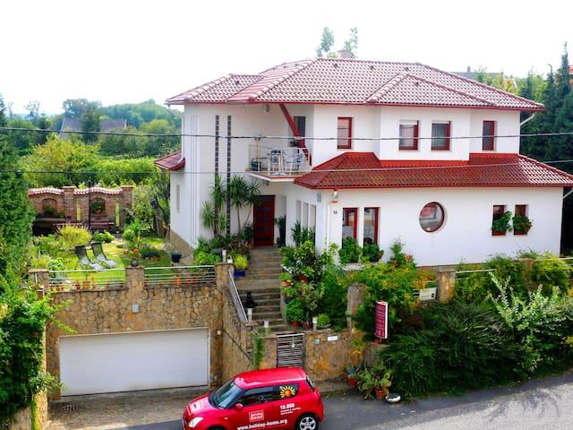 Zalakaros Villa Panoráma / Apartman 3 fő részére - Zalakaros - Lägenhet