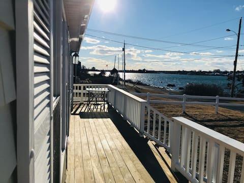 Narragansett Beach Cottage
