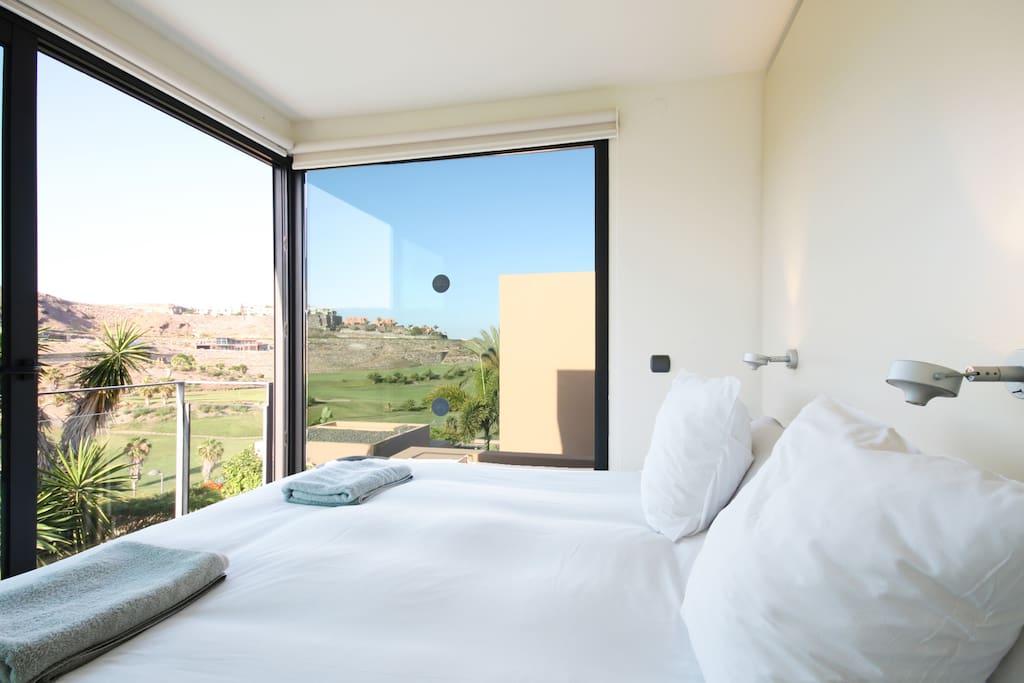 Villa con piscina privada salobre villas deluxe i villas for Suite con piscina privada madrid