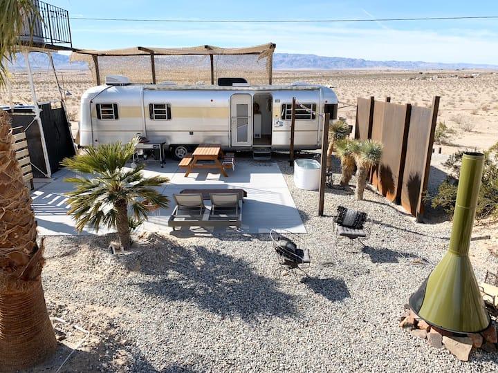 Mars Ranch Silver Streak - Desert Oasis