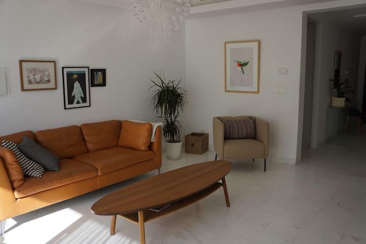Bel appartement de 130m2 au Lac 2 - Tunis - Departamento