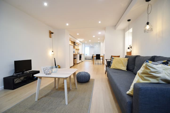 Ground floor COSY and CENTRAL - Saint-Gilles - อพาร์ทเมนท์