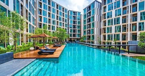 Luxury One Bedroom / Pool View / Phuket Town #U294