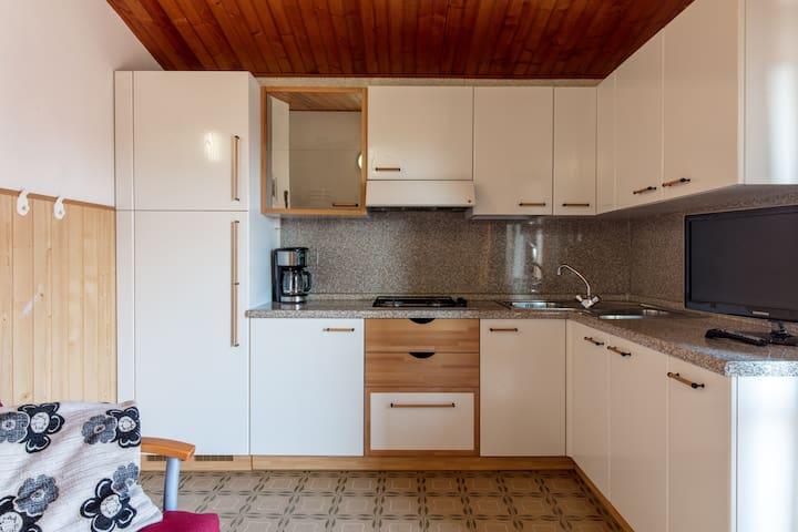 VILLA MARIAROSA apartment - Gardola - Apartment