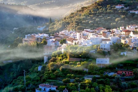Six bed house for up to 11 people - Granada