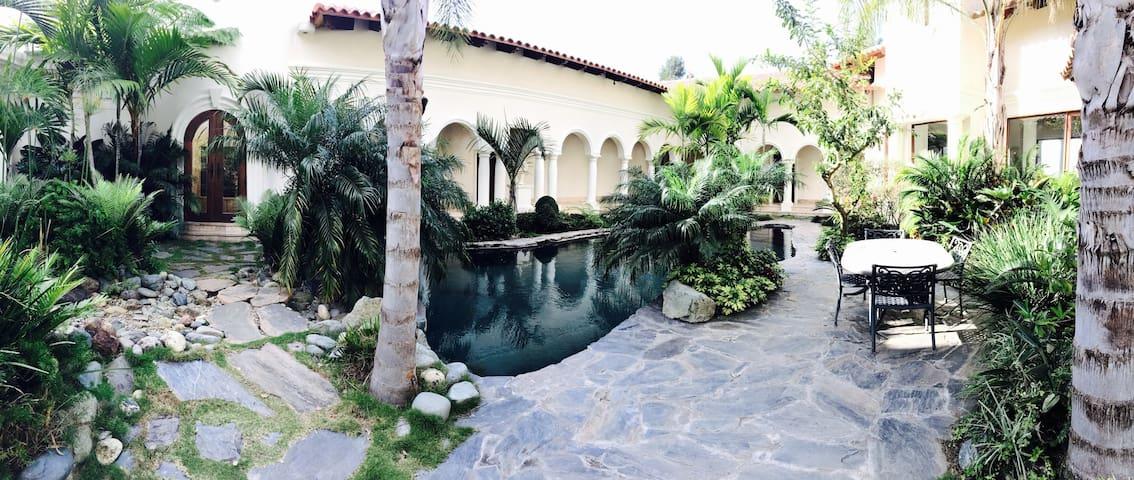 Suite #2, The Mansion- Jarabacoa - Jarabacoa