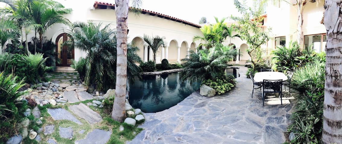 Suite #2, The Mansion- Jarabacoa - ハラバコア - 別荘