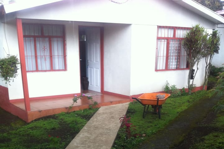 house 20 mins from alajuela airport $85