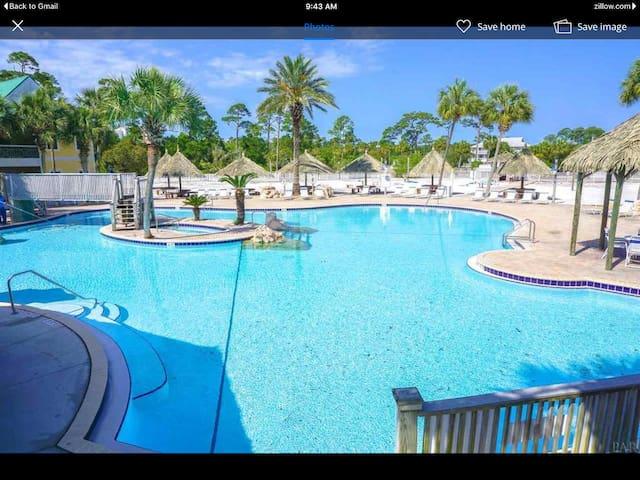 Blue Sky's Bungalow️ Located on Perdido Key, FL - Pensacola - Bungalow