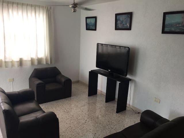 Departamento amplio en el centro de Merida - Mérida - Apartamento