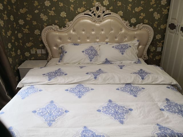 景观舒心欧式大床房