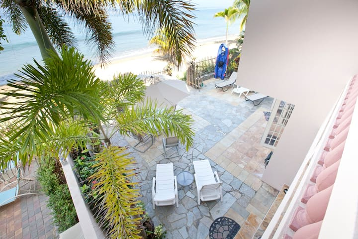 LUXURY BEACHFRONT VILLA-DIRECTLY ON CORCEGA BEACH - Rincon - Villa