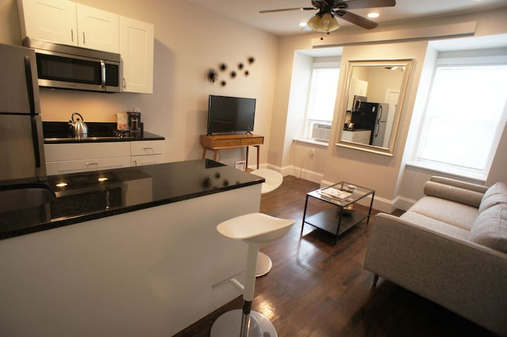 West Rutland Square one bedroom perfection!!!!