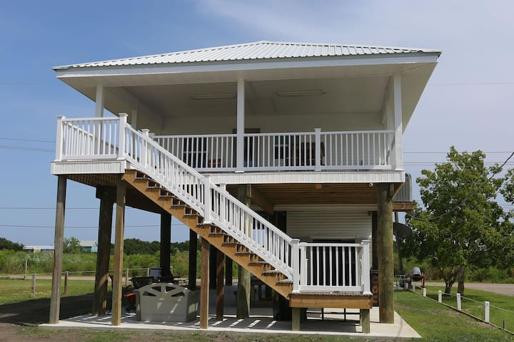 Bayside Crab Shack - Easy access to the Bay! Park 2 boats easily!