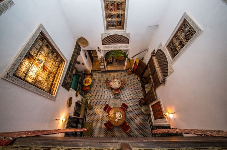 Riad Dar TAMO- Chambre Double avec Terrasse - Fez - Bed & Breakfast