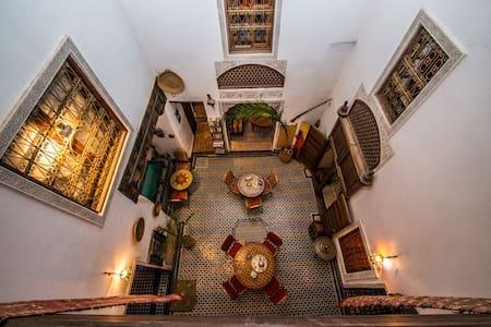 Riad Dar TAMO- Chambre Double avec Terrasse - Fès
