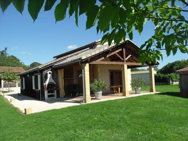 GITE DE VACANCES GRAND CONFORT - Monpazier - Rumah