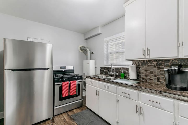 Brand new remodel in the Kitchen with Marble Counter tops and new Stainless Appliances.