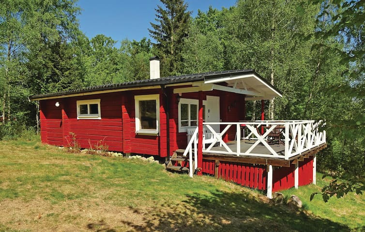 Holiday cottage with 2 bedrooms on 48m² in Höör