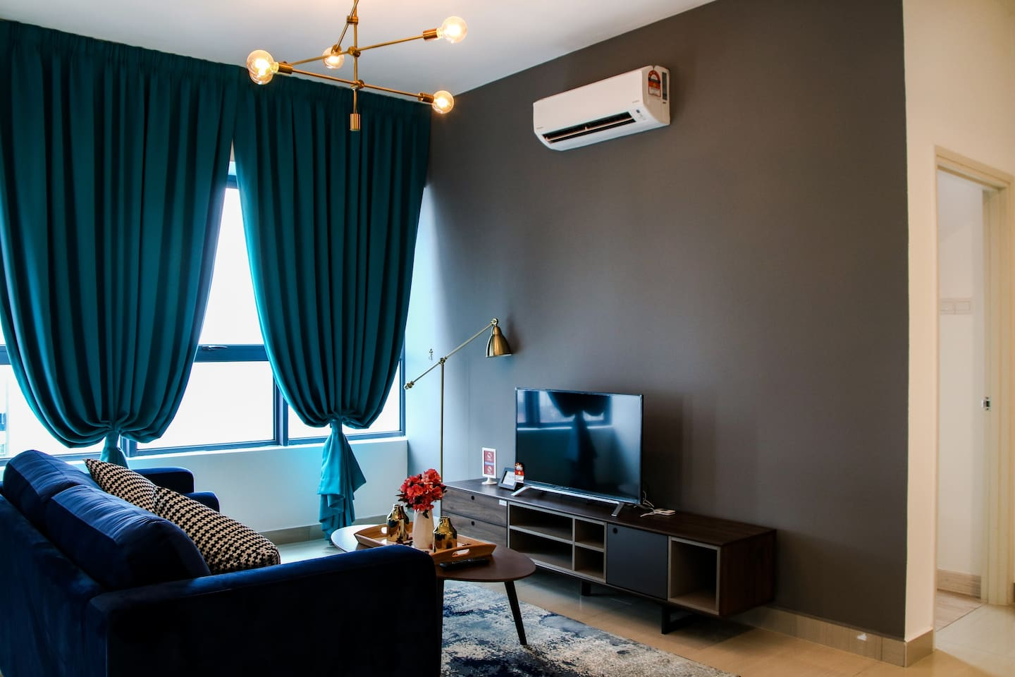 A very homey apartment located in the heart of Kuala Lumpur, along Jalan Ampang.