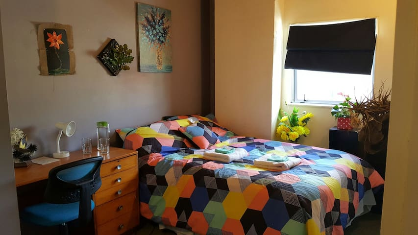 Room in Cuba Street Apartment - Wellington - Apartmen