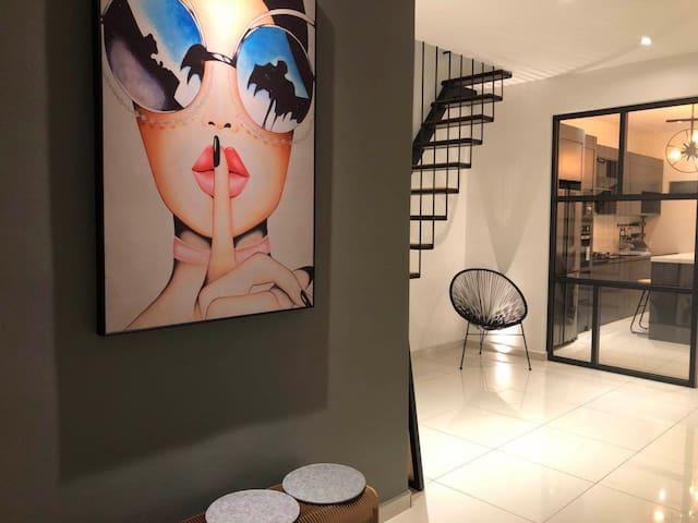 Own Design Home Stay自我风格渡假屋