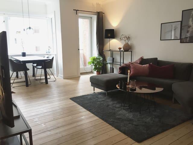 Modern Cosy Apartment in the ❤️ og KBH Ø - Kopenhagen - Appartement