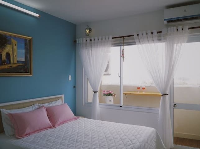 Two Bedrooms Apt with Sea View - OSC Land Building