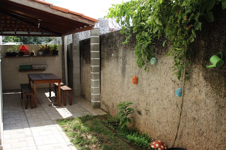 Bedroom in apartment with backyard and coffee - Sorocaba - Apartment