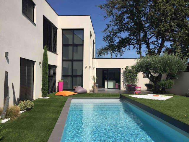 Magnifique studio indépendant dans maison moderne
