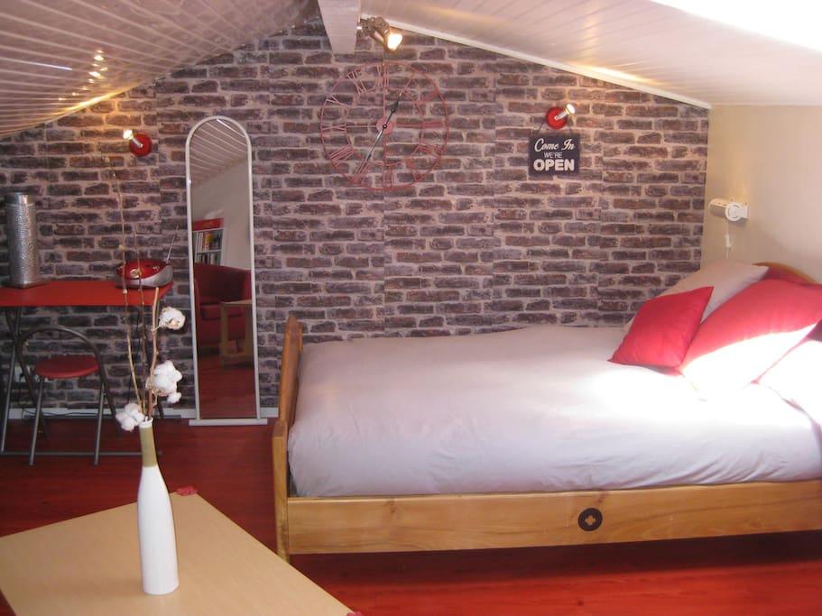 La chambre/guestroom 18m2