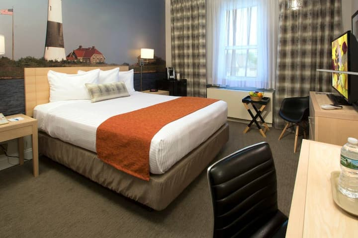 Room with Two Beds near Flushing and Arthur Ashe Stadium-Breakfast Included!