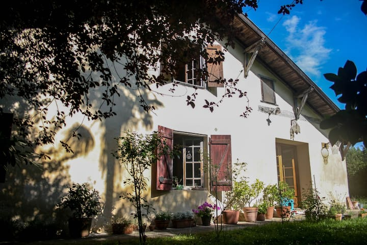 Suite familiale campagne et océan - Saubrigues - Dům