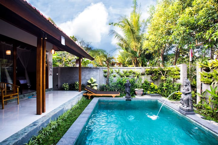 Villa Krisna: Ubud identity and modern city style