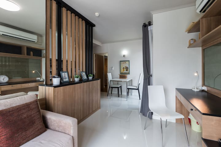 Great location Bangkok,1min to BTS skytrain Asok