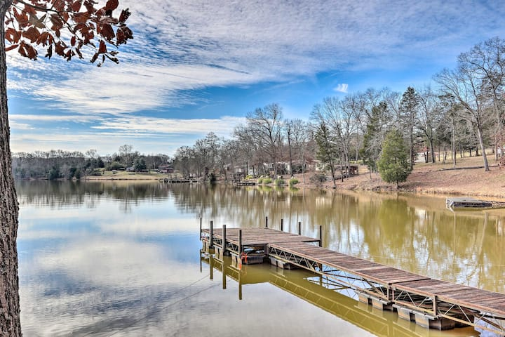 NEW! Relaxing Waterfront Escape w/Dock + Fire Pit!