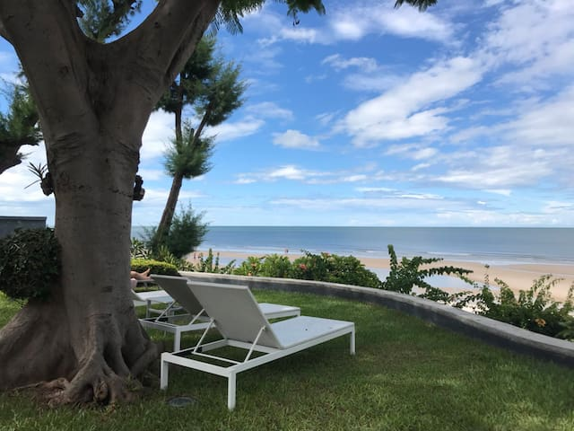 Connect to beach at HuaHin 2 beds 2 baths