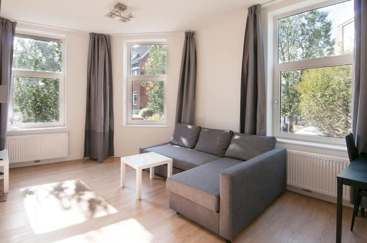 Nice & bright apartment in Utrecht city