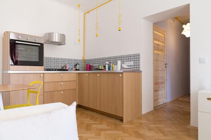Quiet, relaxing 1 bed flat 20 min from Old Town