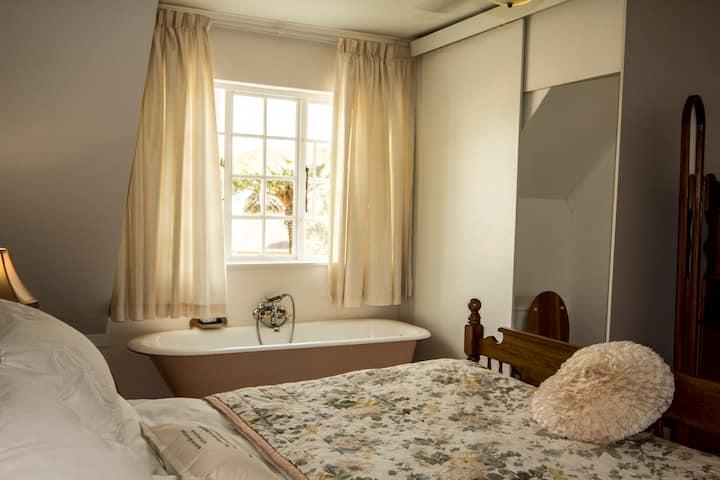 Triple Victorian Suite