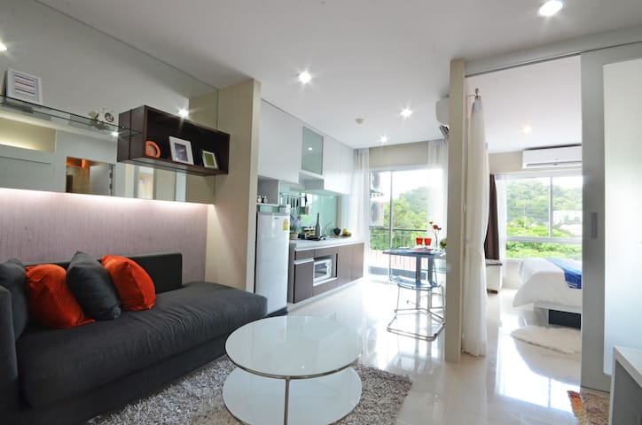 The Scene Condo by The Rich Busines - Kathu - Apartmen