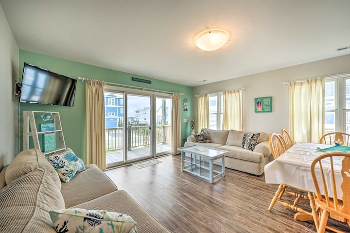 NEW! Coastal Home with Grill, Walk to the Beach!