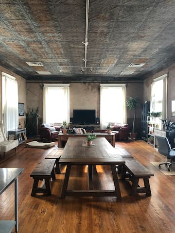 Loft space/rooftop overlooking downtown Fort Worth