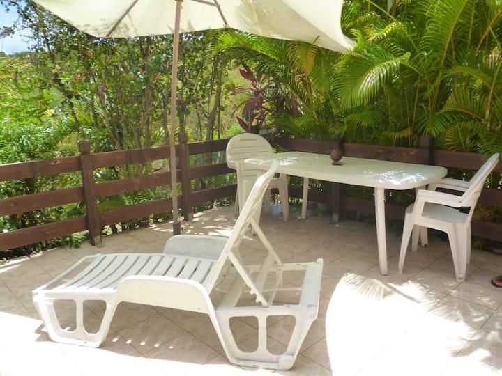Studio in Marigot mit herrlichem Meerblick, eingezäuntem Garten und W-LAN